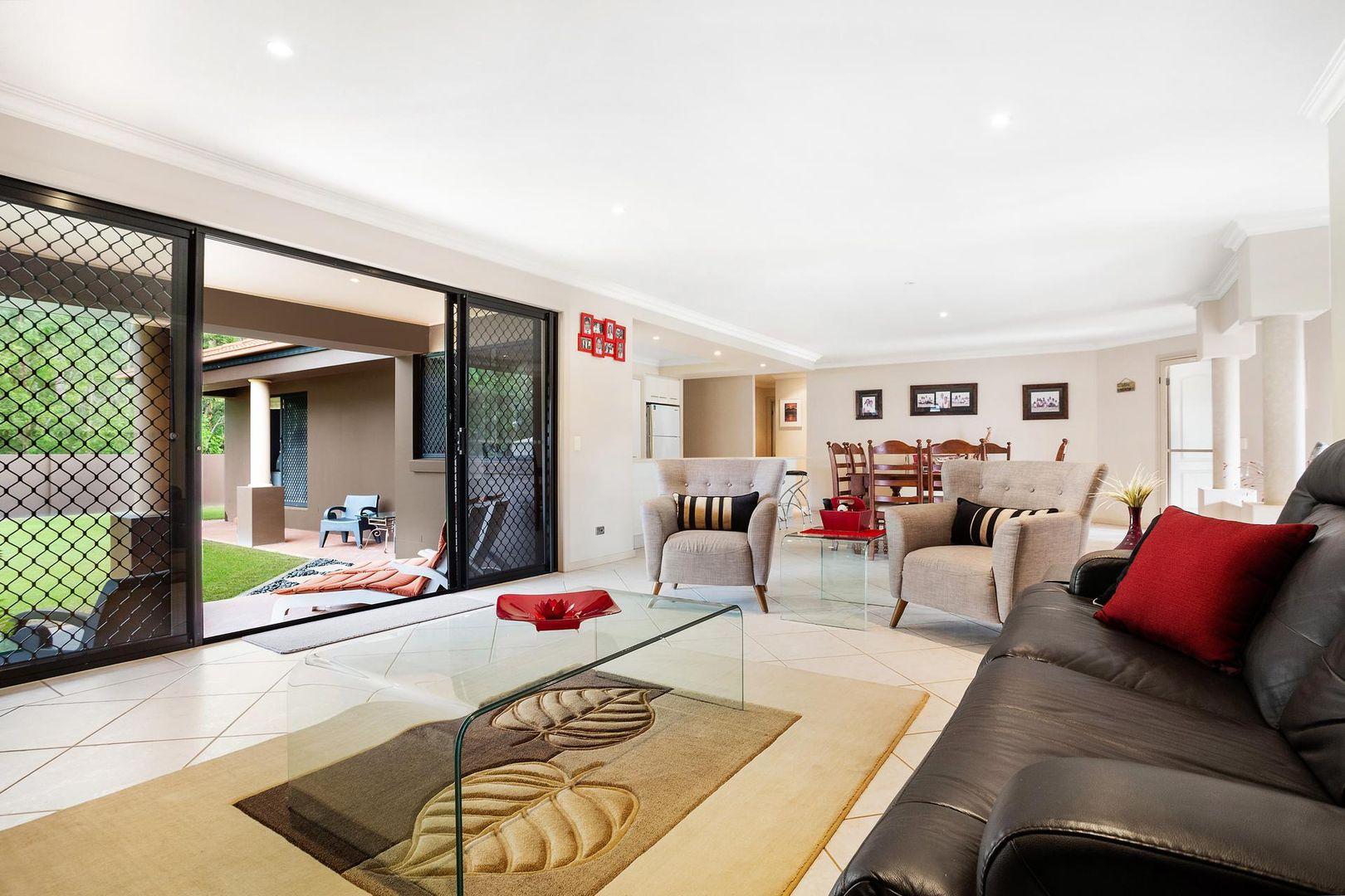 37 Petworth Court, Arundel QLD 4214, Image 1