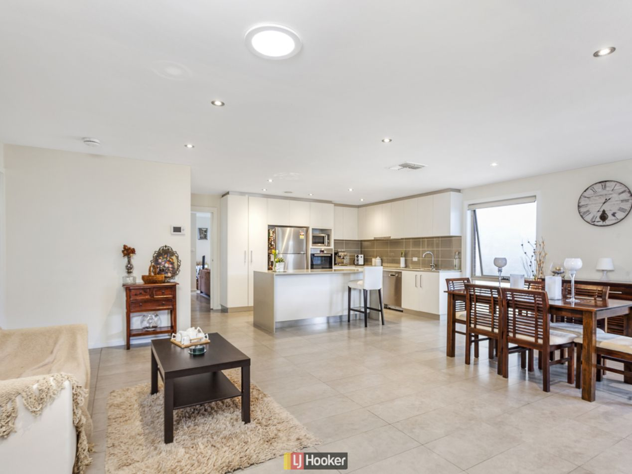 14 Dickins Street, Forde ACT 2914, Image 2