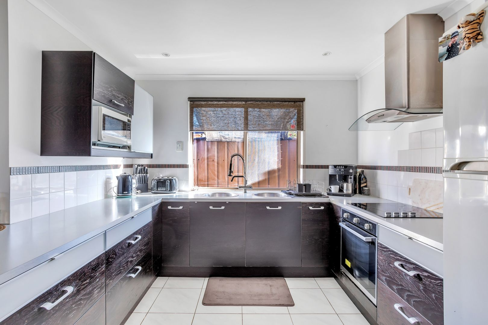 20 Shoalwater Close, Seaford Rise SA 5169, Image 0