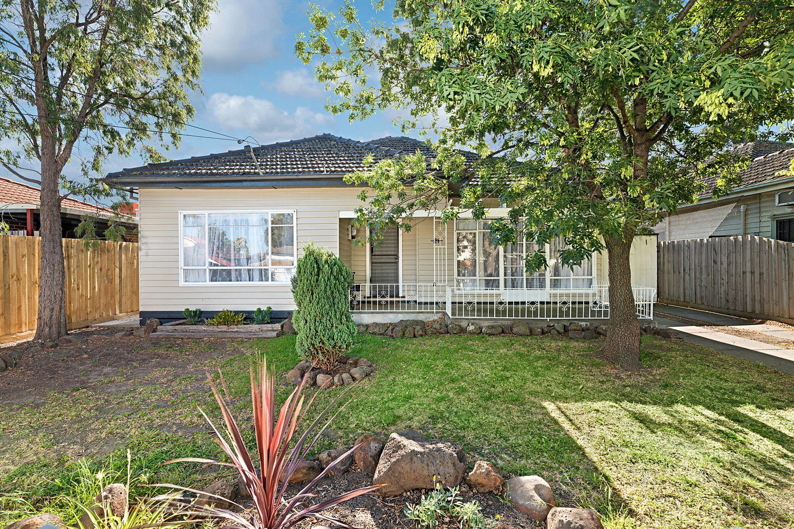 21 Athol Avenue, Coburg North VIC 3058, Image 0