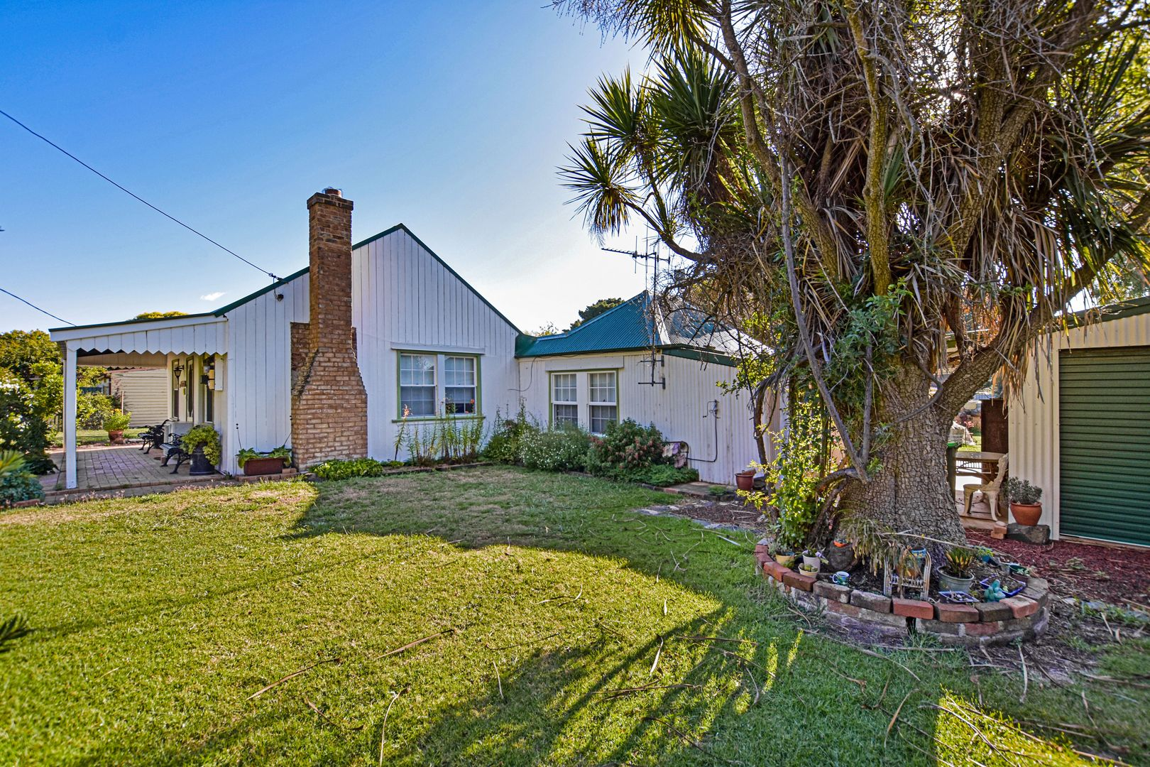 18-20 Lucknow Street, Spring Hill NSW 2800, Image 1