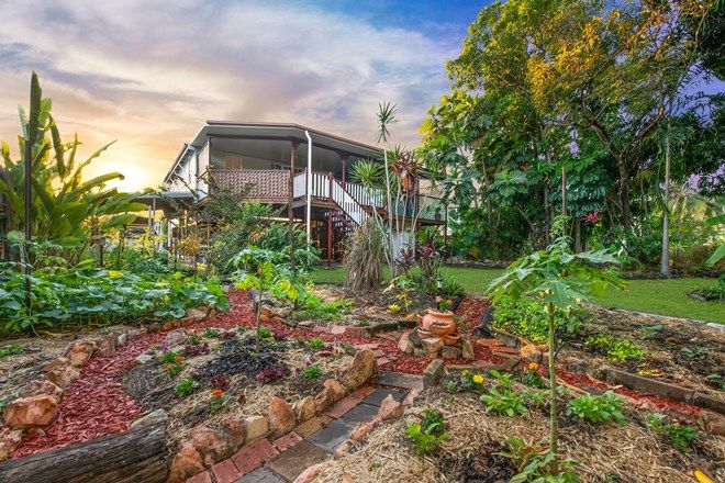 Picture of 25 Morehead Street, SOUTH TOWNSVILLE QLD 4810