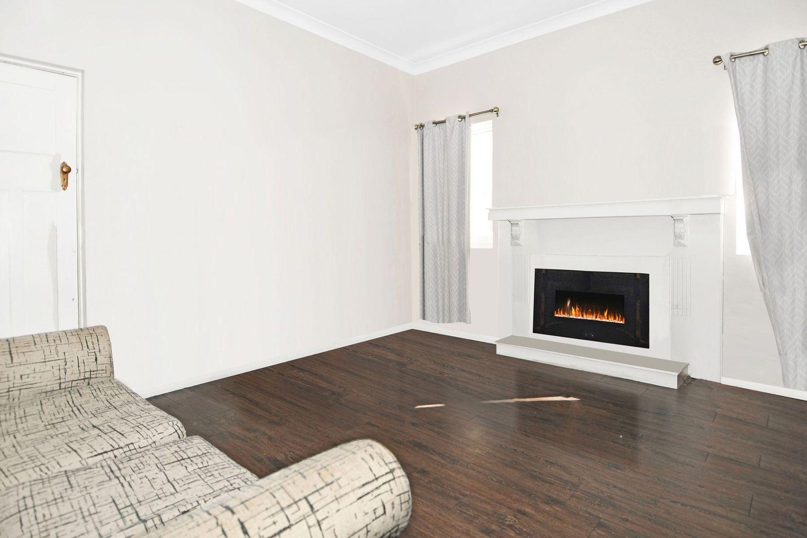 226 Piper Street, Bathurst NSW 2795, Image 2