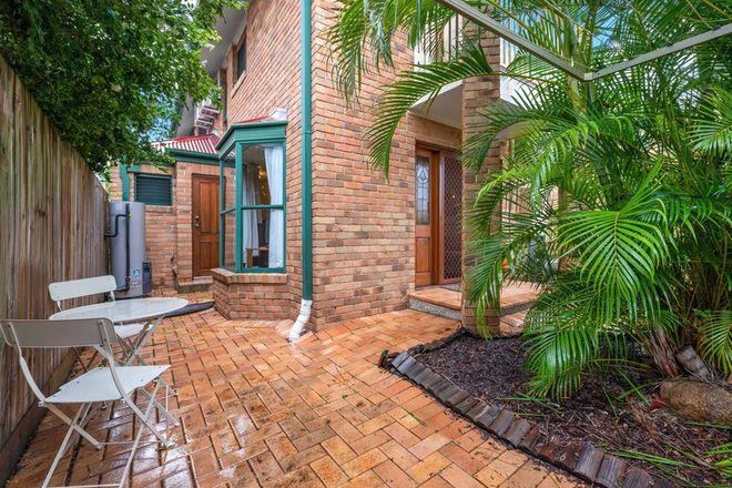 Picture of 1/15 Elliott Street, HAWTHORNE QLD 4171