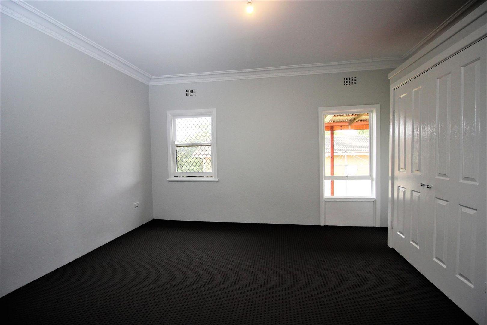 92 Esrom Street, Bathurst NSW 2795, Image 1
