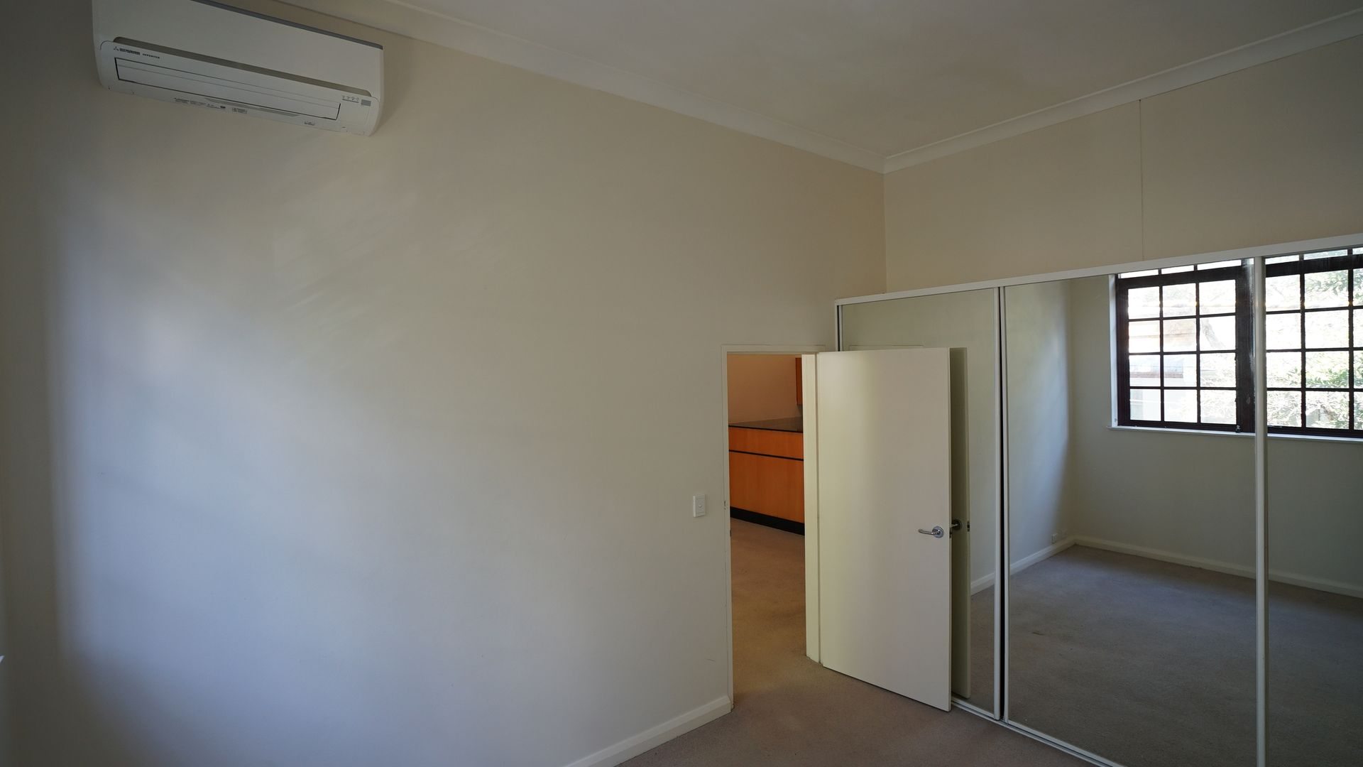 106/508 Riley Street, Surry Hills NSW 2010, Image 2