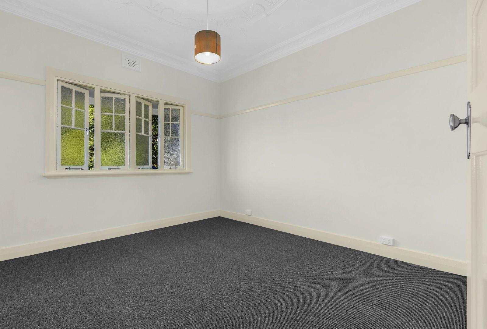 2/336 Sandgate Road, Albion QLD 4010, Image 2