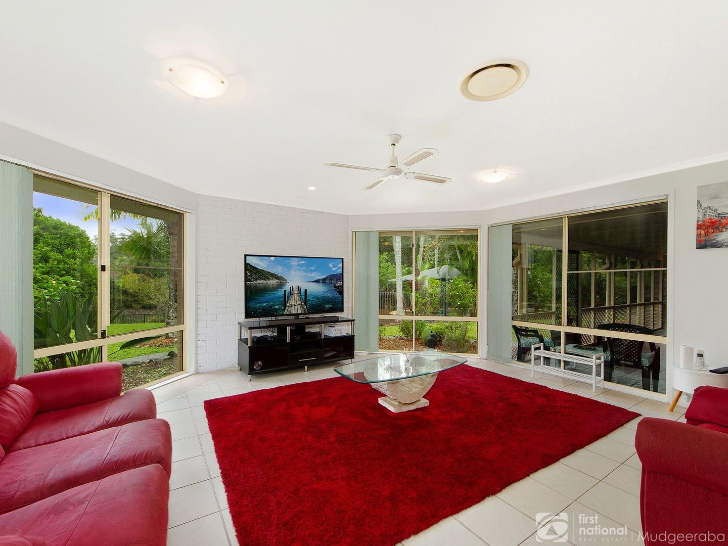 6 Whiteash Road, Bonogin QLD 4213, Image 2