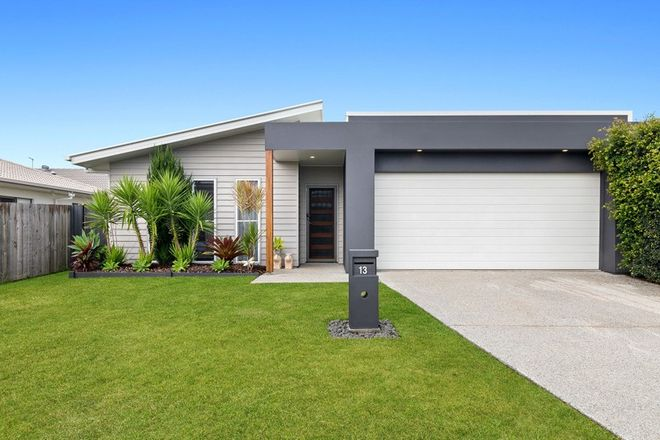 Picture of 13 TURQUOISE Place, CALOUNDRA WEST QLD 4551