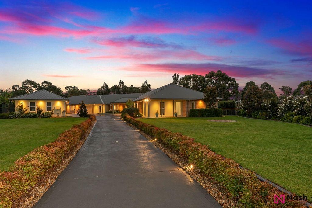 52 Portrush Crescent, Luddenham NSW 2745, Image 2
