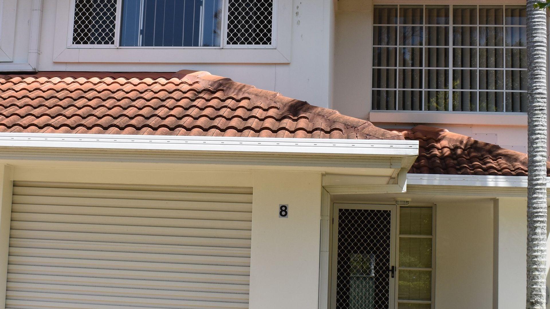 276 Oxley Dr, Runaway Bay QLD 4216, Image 2