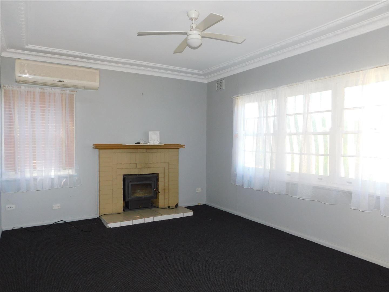 3 short, Coonabarabran NSW 2357, Image 1
