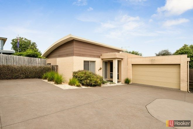 Picture of 3/1 Wonthaggi Crescent, SAN REMO VIC 3925
