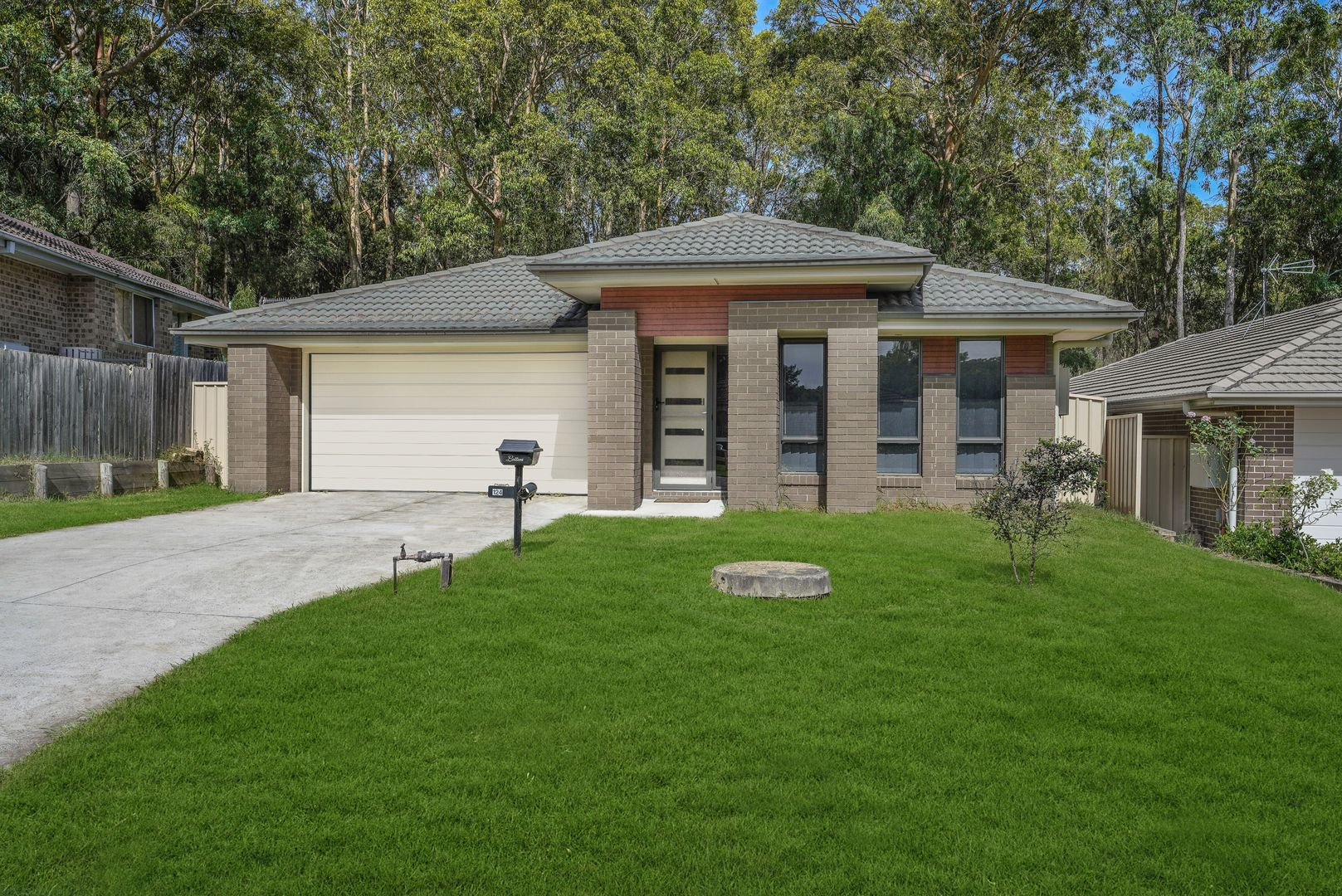 124 Casey Drive, Wyong NSW 2259, Image 1