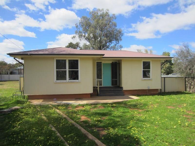 2 Wilga Crescent, Cobar NSW 2835, Image 0