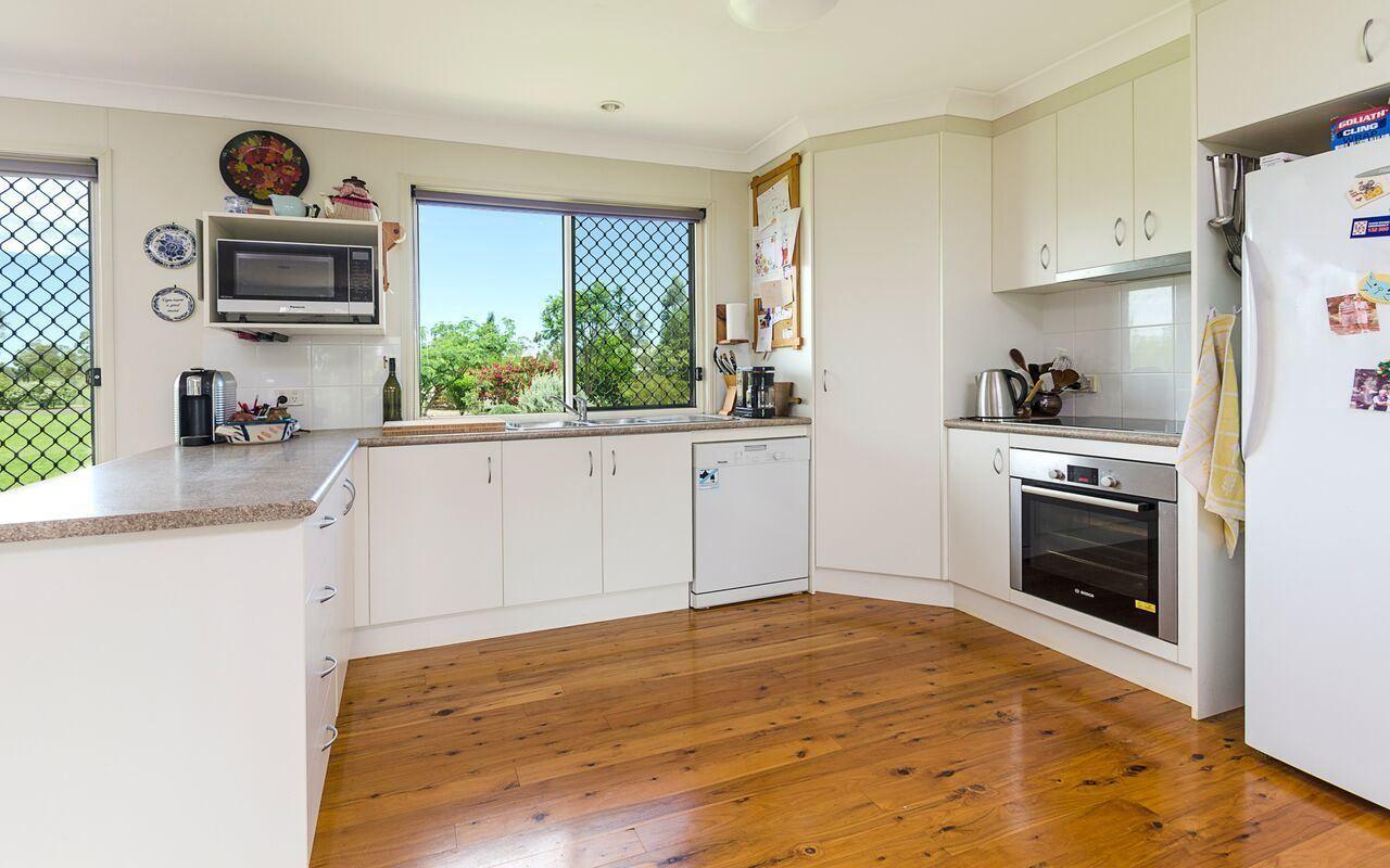 2097 Warwick Allora Road, Hendon QLD 4362, Image 2