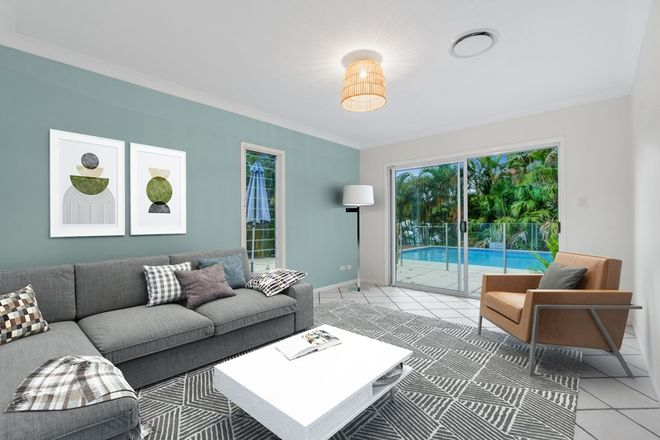 Picture of 8 Lahey Close, WYNNUM QLD 4178