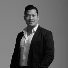 Ian Tran, Sales representative