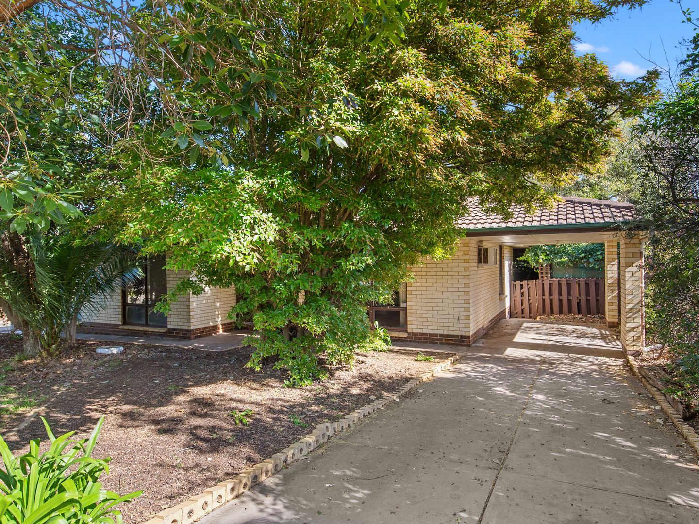 33 Meadow Way, Hackham West SA 5163, Image 0