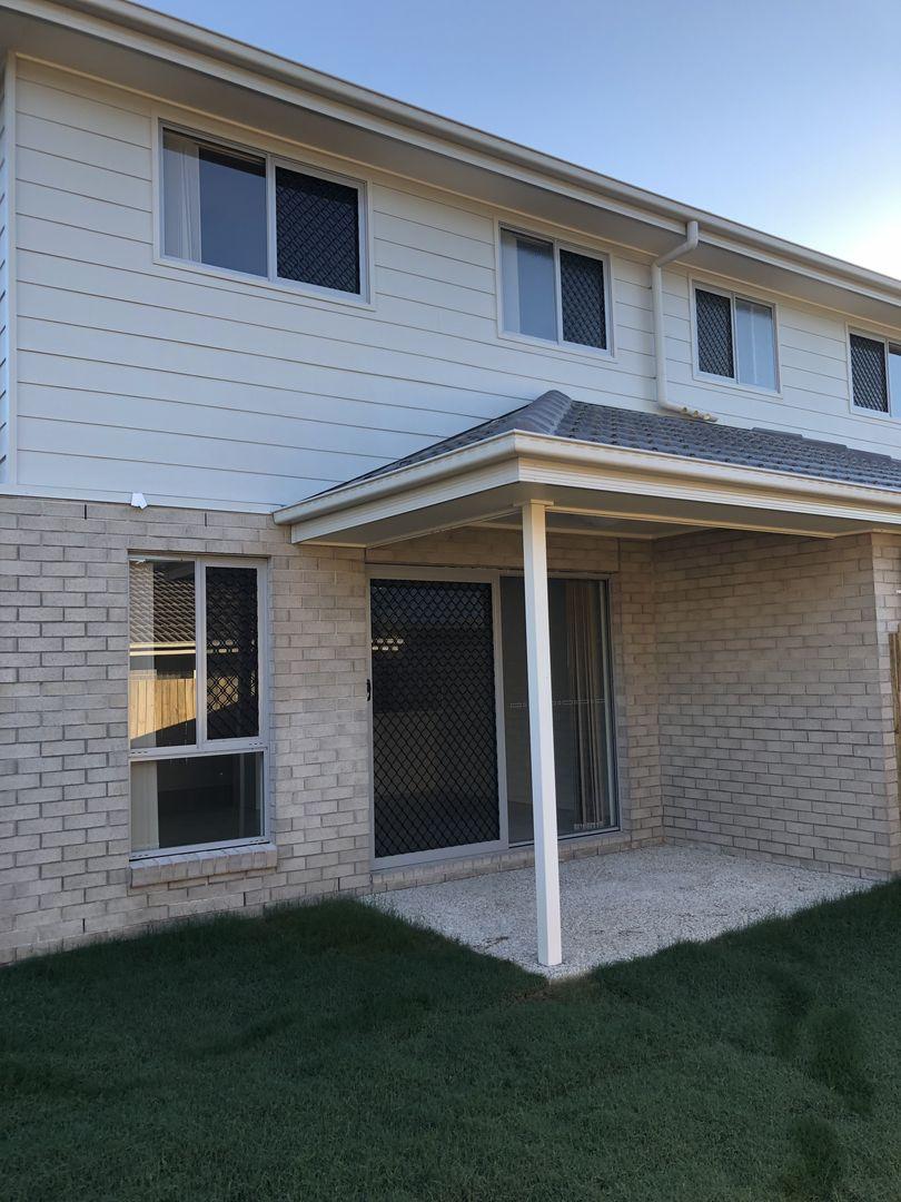 2/10 Sunrise Court, Loganlea QLD 4131, Image 0