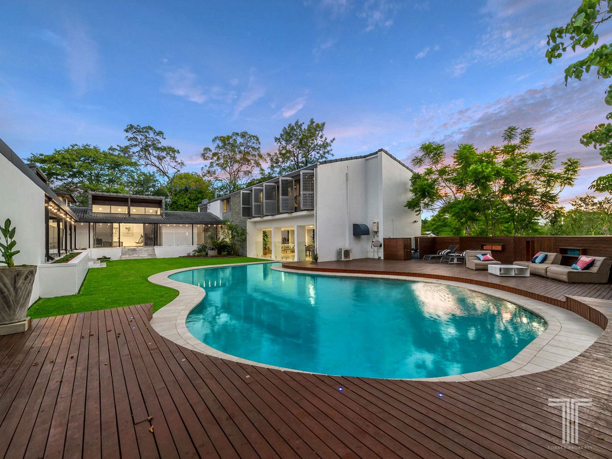 837 Cavendish Road, Holland Park QLD 4121, Image 1