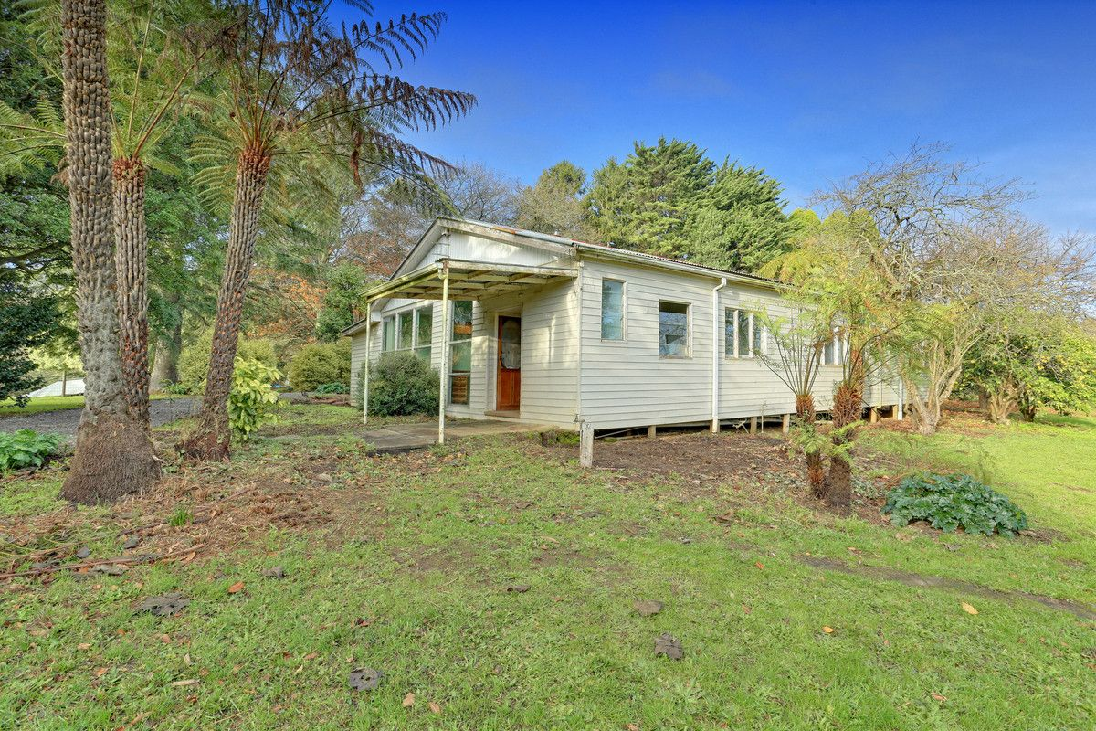 27 Meadowview Lane, Emerald VIC 3782, Image 1