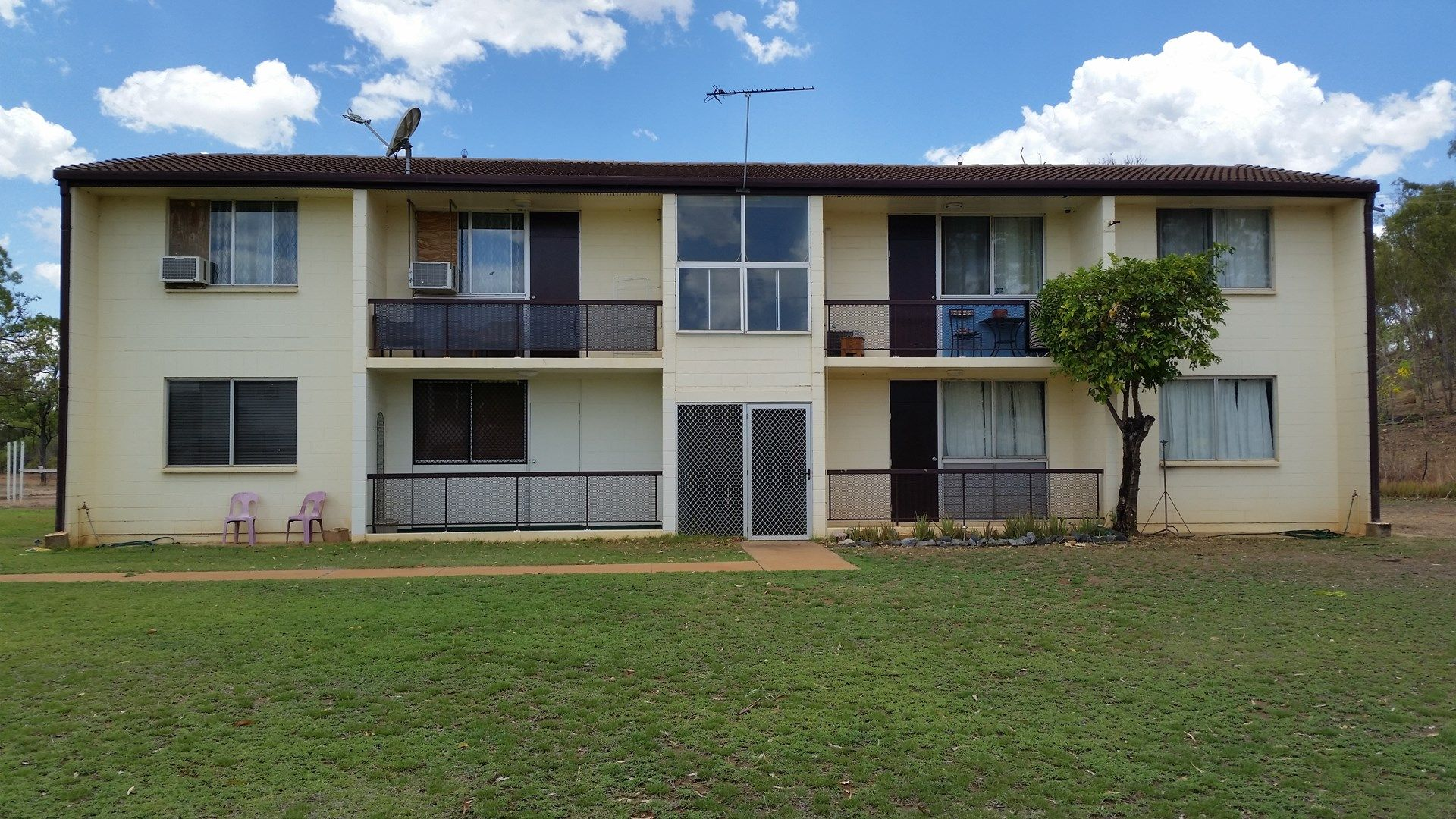 3/4 Hakea Court, Greenvale QLD 4816, Image 1