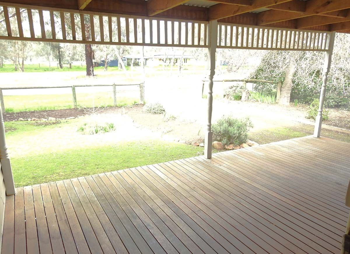 264 High Street, Violet Town VIC 3669, Image 2