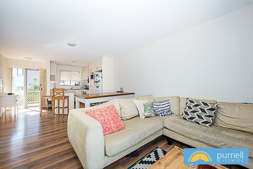 205/10 Currie Crescent, Griffith ACT 2603, Image 1