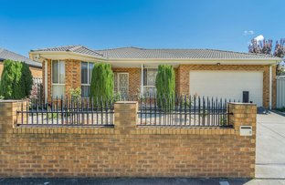 Picture of 9 Colchester Circuit, Roxburgh Park VIC 3064