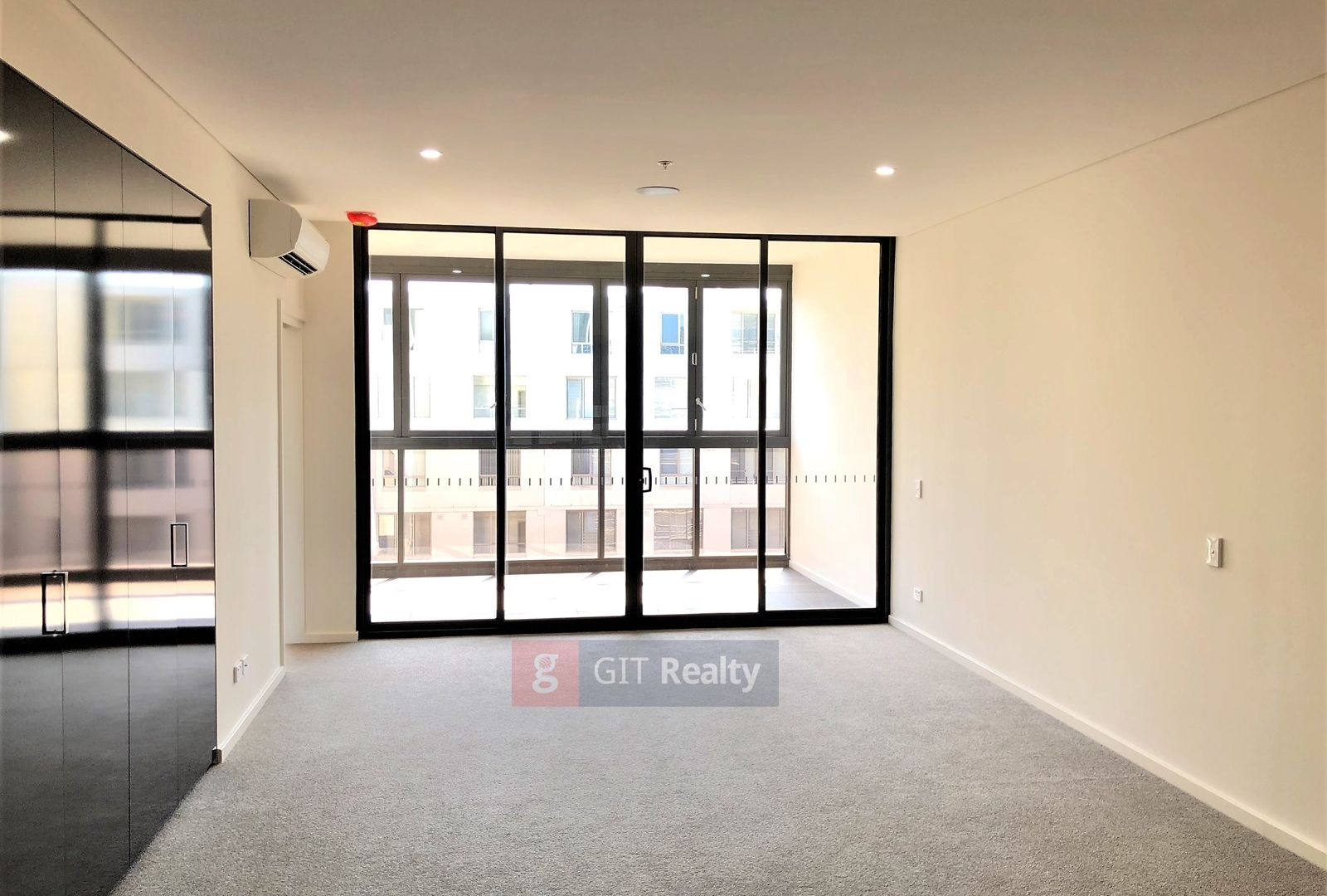 12115/1 Bennelong Parkway, Wentworth Point NSW 2127, Image 2