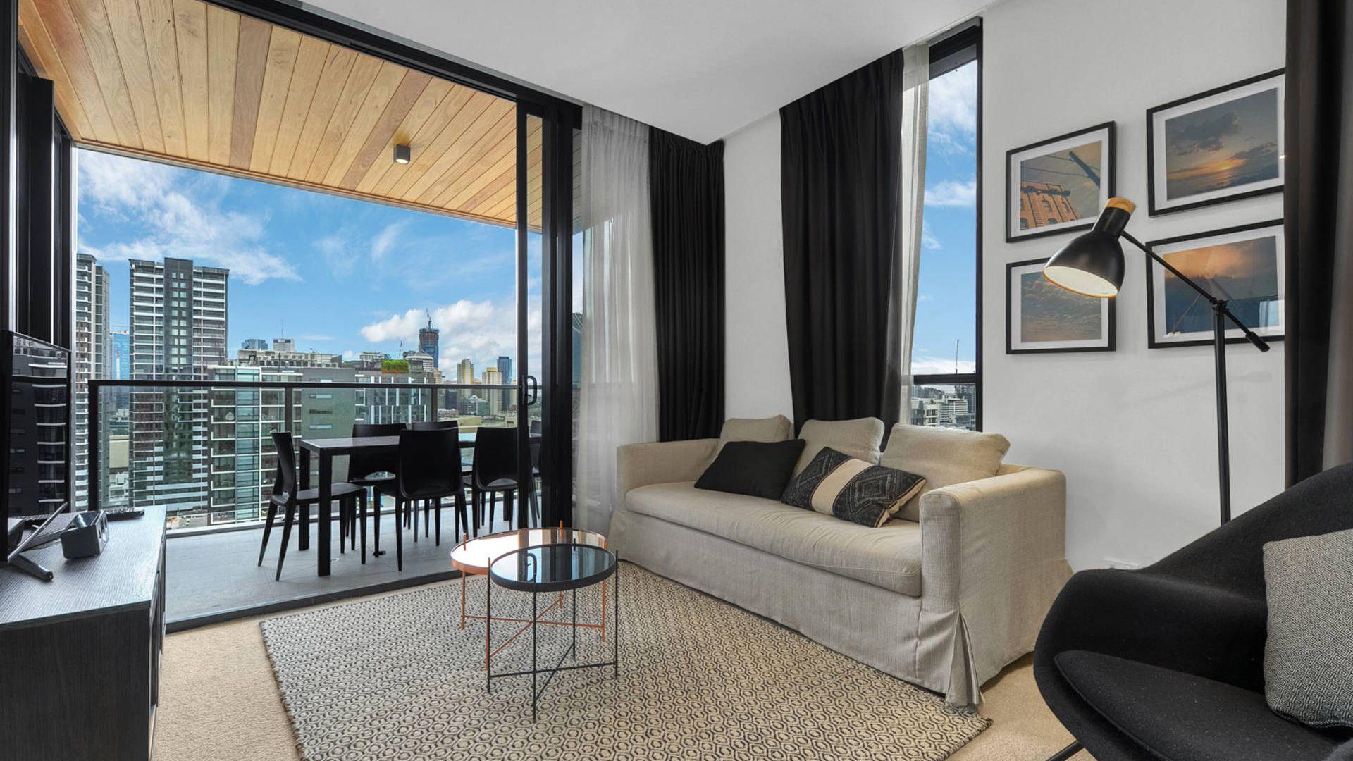 1701/4 Edmondstone Street, South Brisbane QLD 4101, Image 1