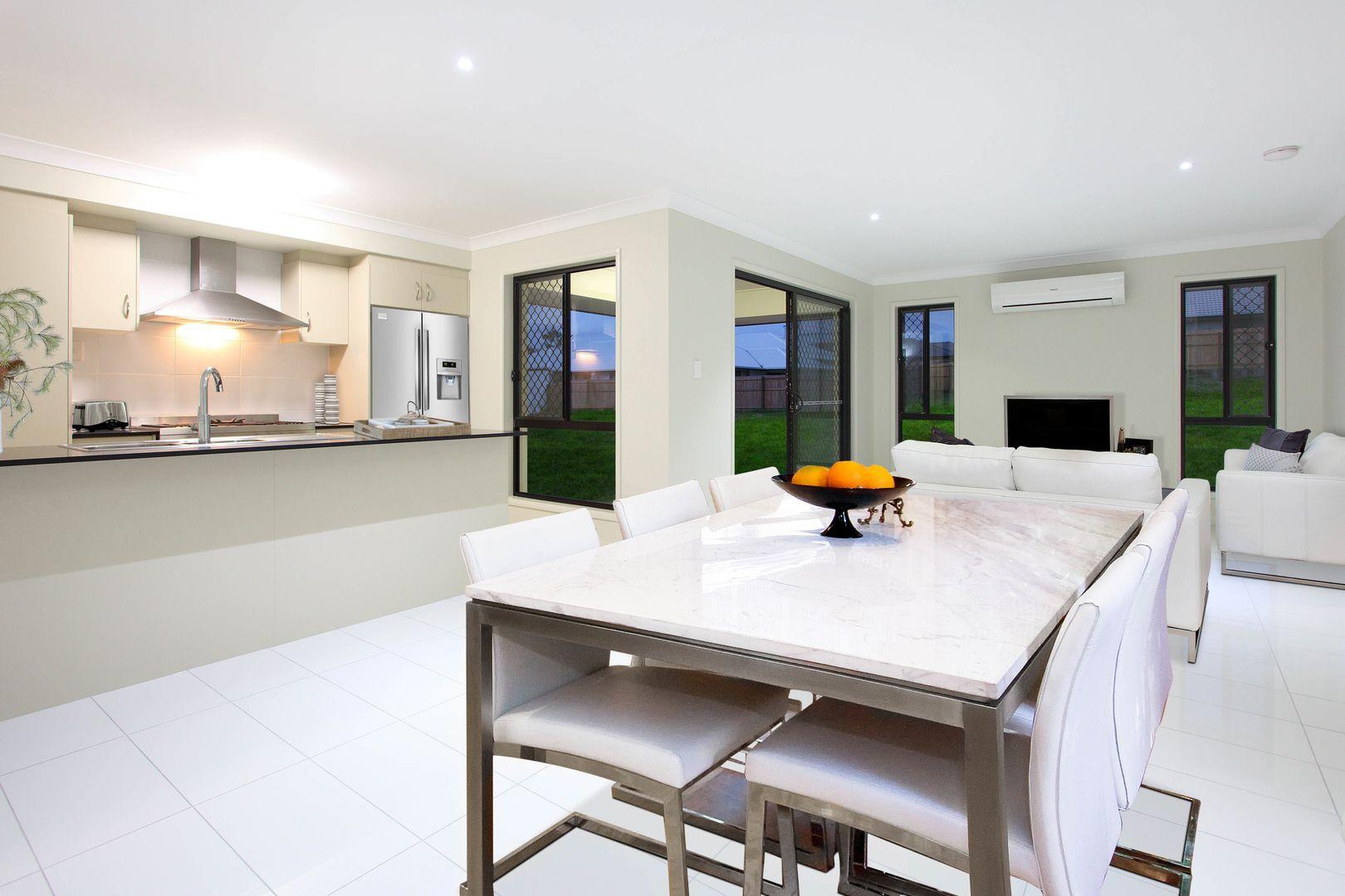 L396 Fullbrook Avenue 'THE AVENUES', Highfields QLD 4352, Image 2