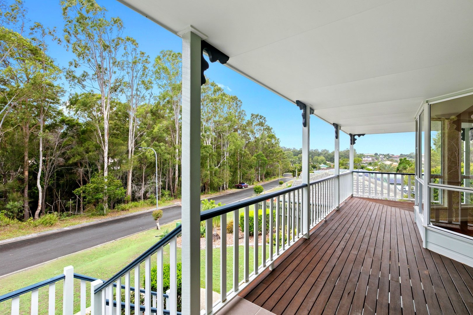 7 Hinchinbrook Court, Little Mountain QLD 4551, Image 2
