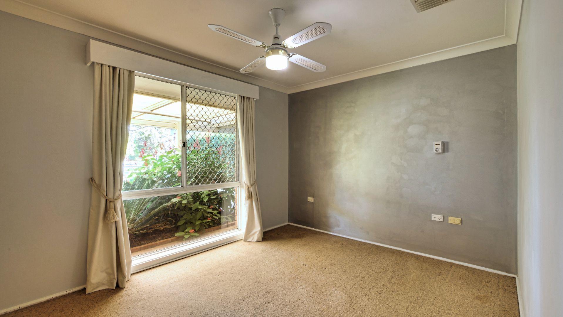 23 Chifley Drive, Dubbo NSW 2830, Image 2