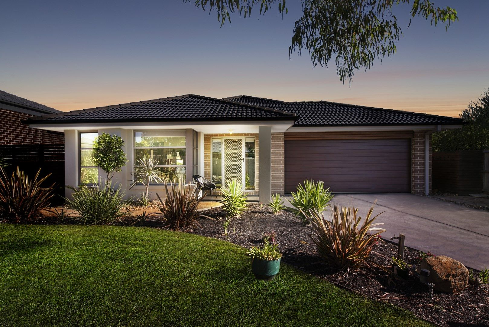 11 Towbeet Way, Botanic Ridge VIC 3977, Image 0