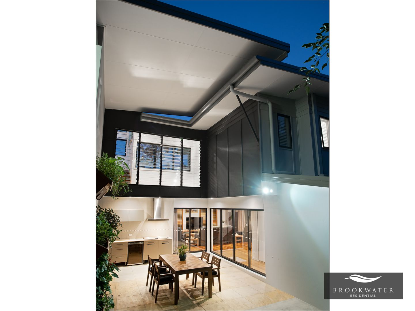 4 Scenery Court, Brookwater QLD 4300, Image 2