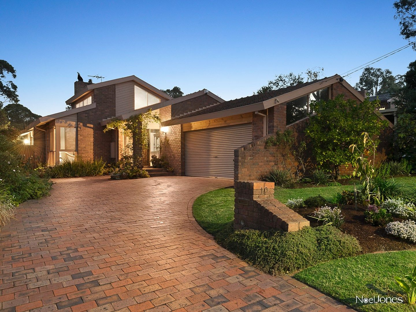 10 Verdale Close, Mitcham VIC 3132, Image 0