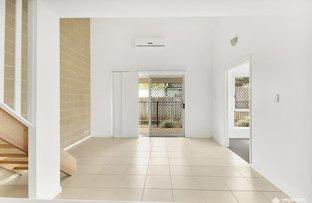Picture of 2/5-7 Birdwood Avenue, Yeppoon QLD 4703