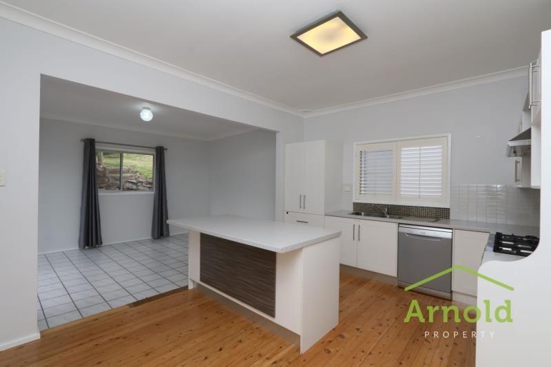 63 Pasadena Crescent, Macquarie Hills NSW 2285, Image 0
