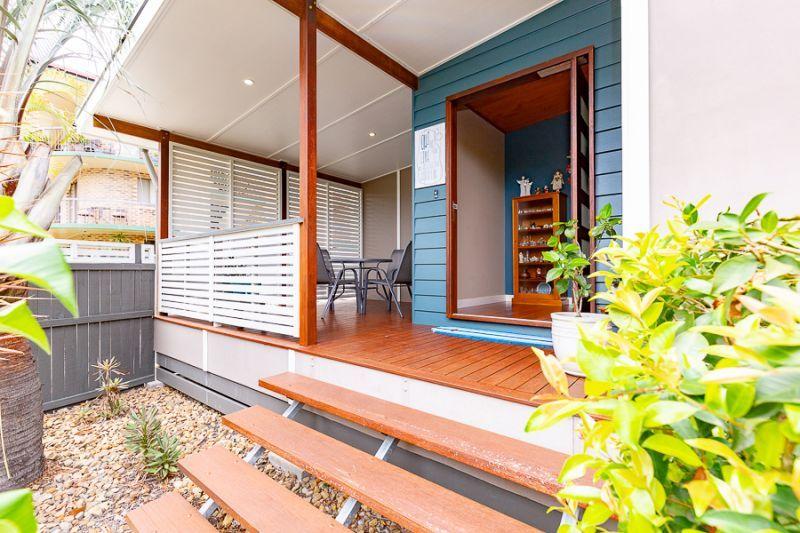 8 Fourth Avenue, Bongaree QLD 4507, Image 1