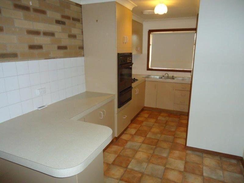 1/6 Bulolo Street, Ashmont NSW 2650, Image 2