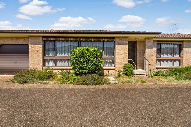 Picture of 2/16-18 Lake Road, SWANSEA NSW 2281