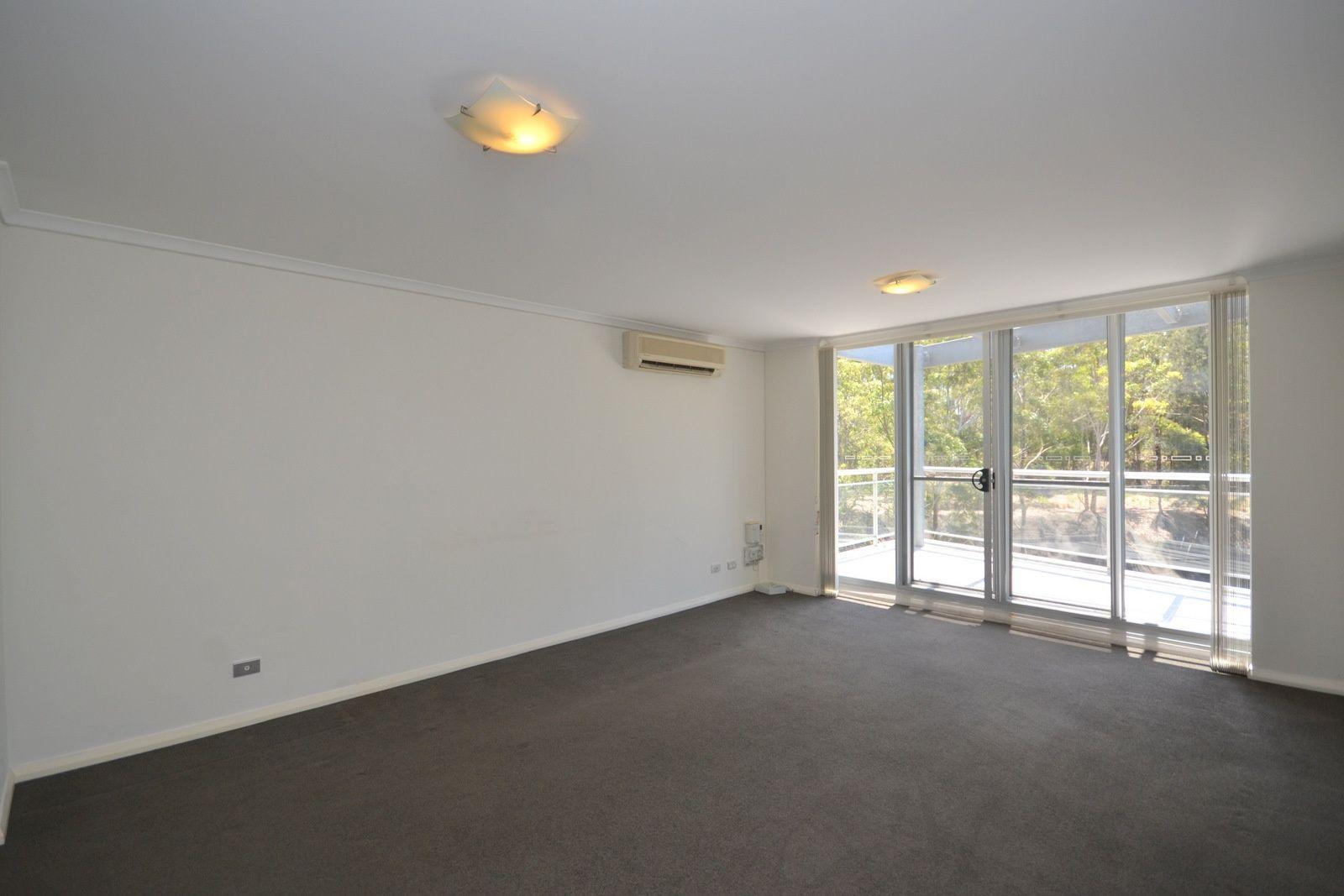 375/80 John Whiteway Drive, Gosford NSW 2250, Image 1