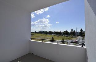 Picture of 10214/320 Macarthur Avenue, Hamilton QLD 4007