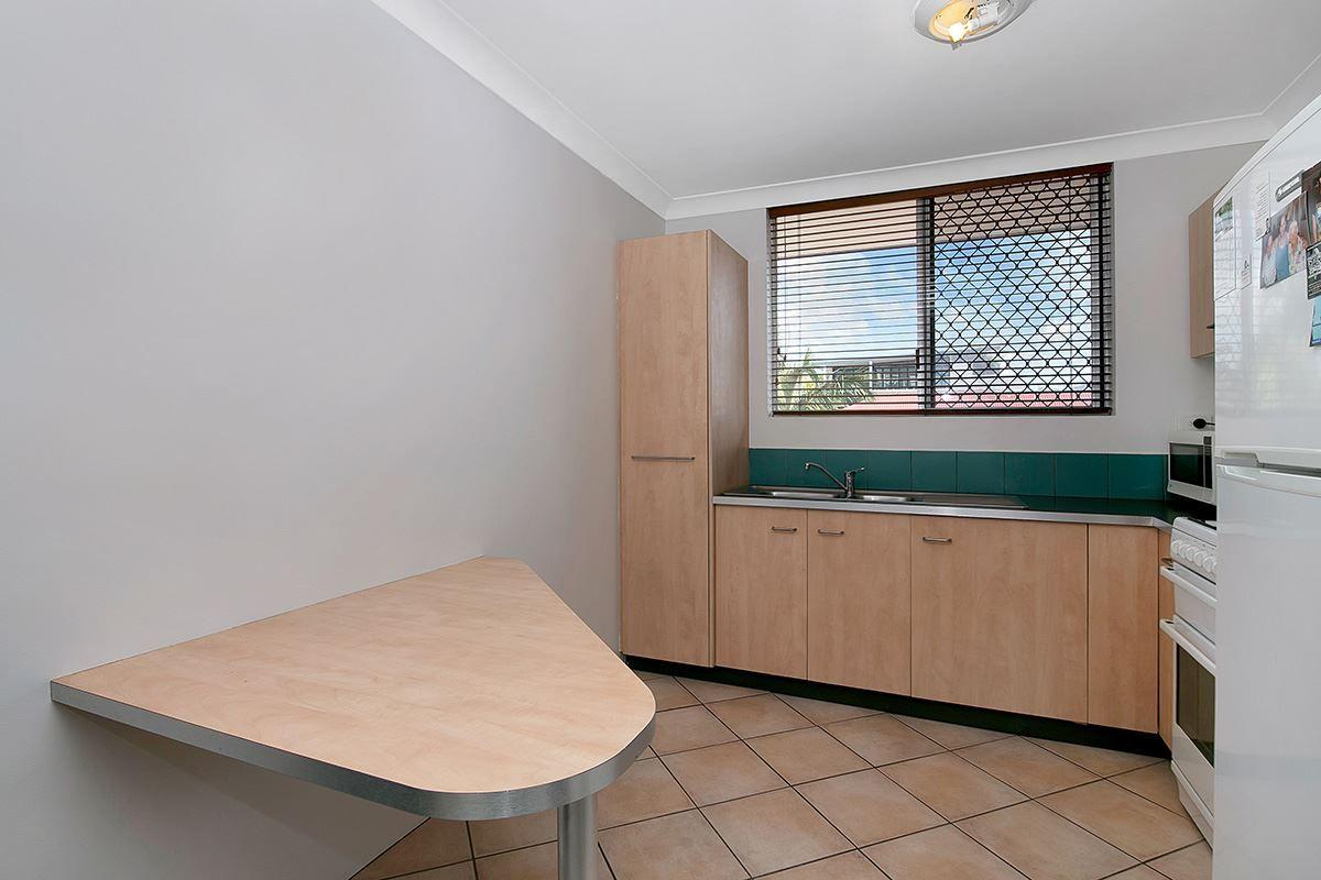11/32 Gordon Street, Milton QLD 4064, Image 2