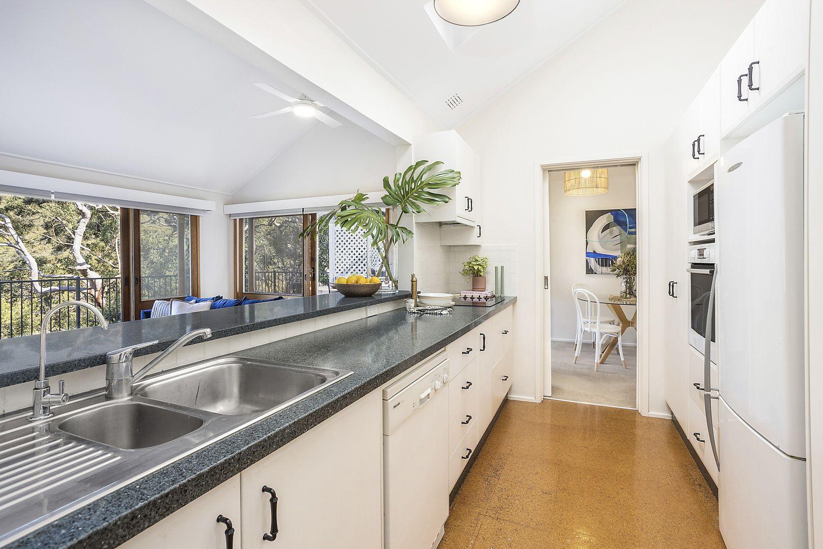 38 Gore Avenue, Kirrawee NSW 2232, Image 2
