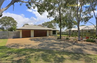 Picture of 5 Raewood Close, Coral Cove QLD 4670