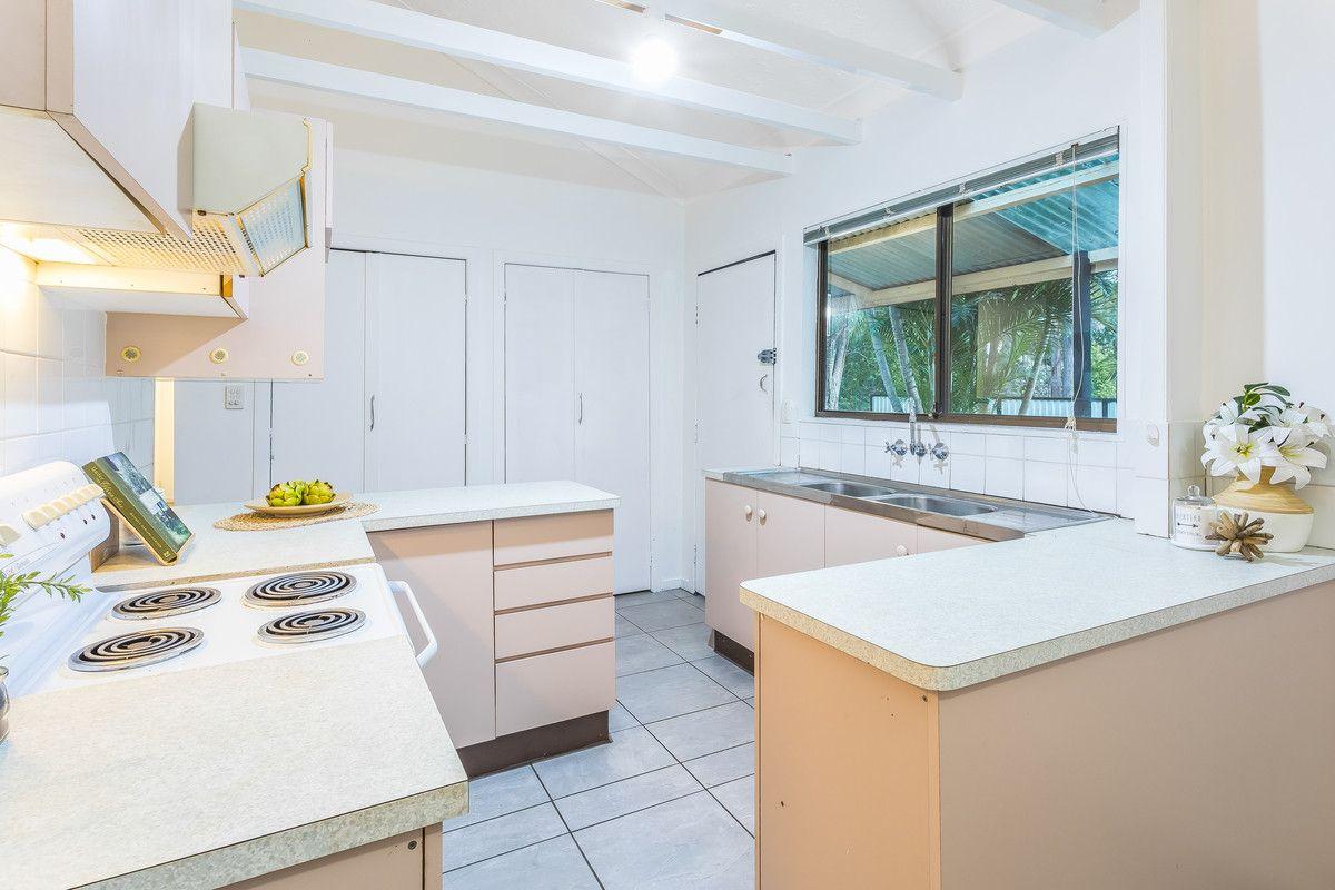 32 Ashley Road, Chermside West QLD 4032, Image 2