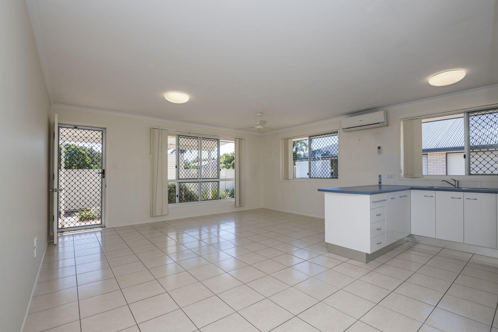 2/6 Water Street, Bundaberg South QLD 4670, Image 0